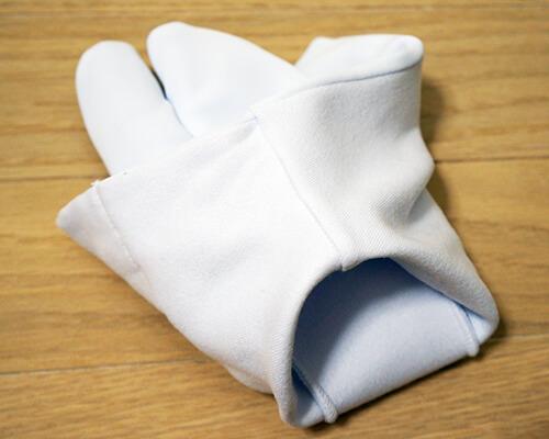足袋の履き方1
