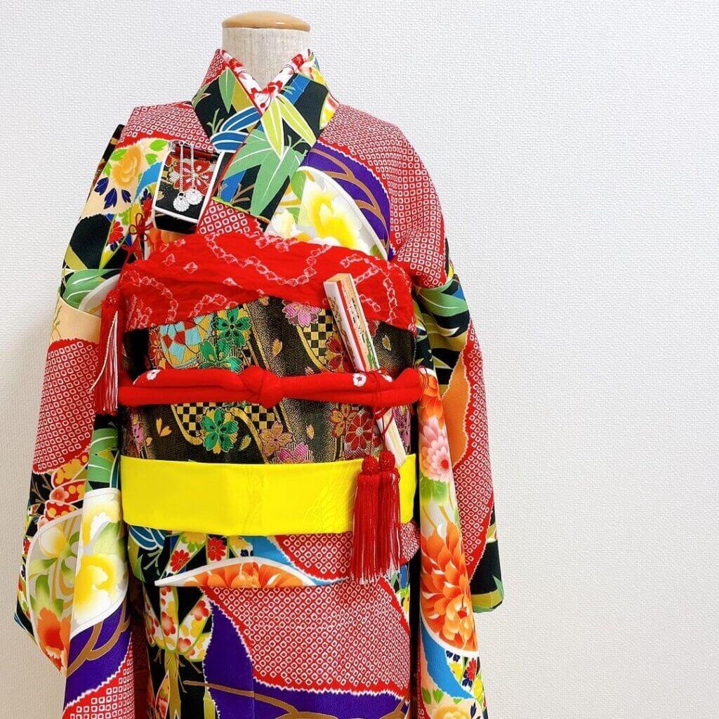 七五三 7歳女の子の着物着付け(振り袖)